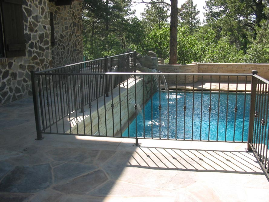 Pool Fence Products | Swimming Pool Fencing Products