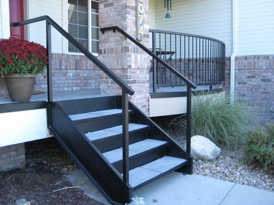 Awesome metal mobile home steps pictures kelsey bass for Aluminum spiral staircase prices